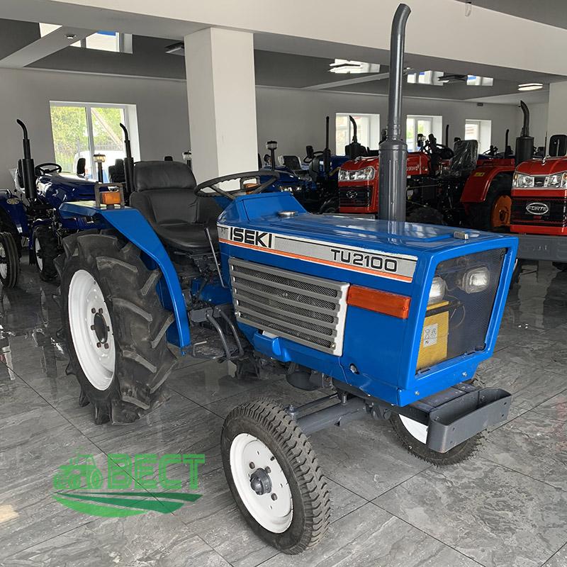 Японські міні трактори: універсальні помічники на господарстві